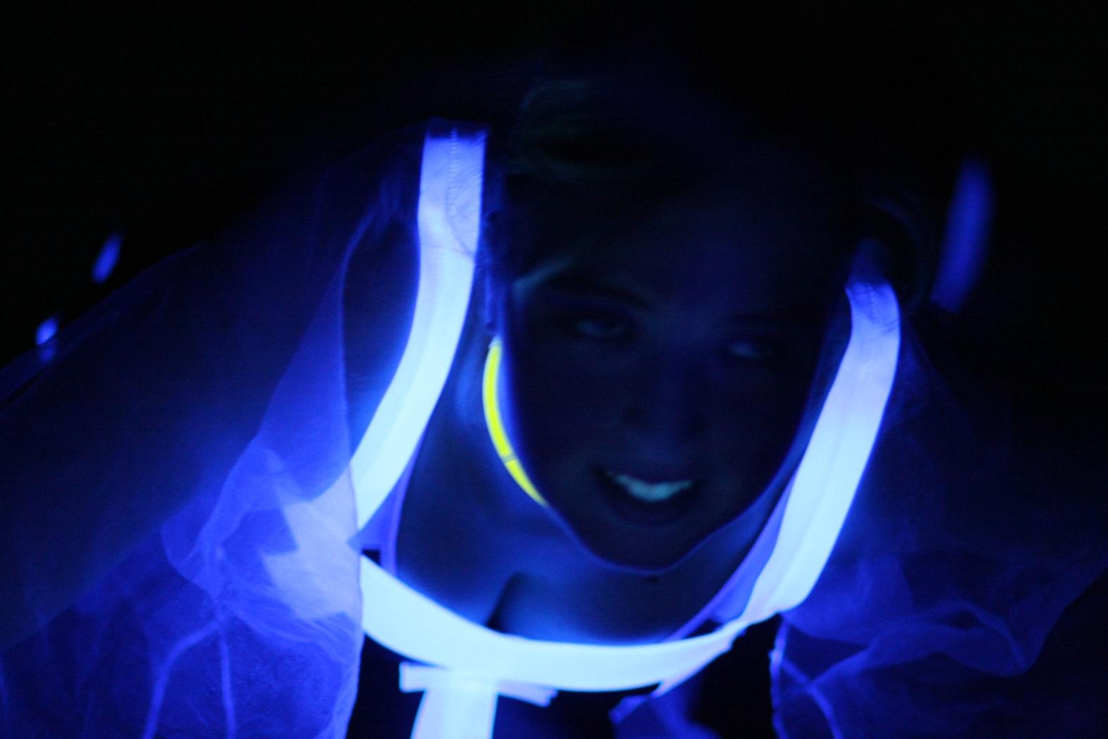 2010_aktive_schwarzlichtshow04